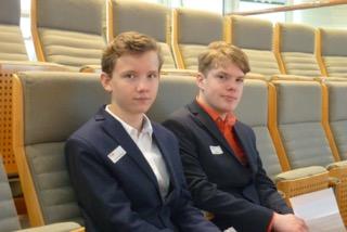 Gabriel und Simon im Landtag (Foto: Obst/SMMP)