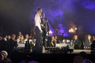 Die beiden Moderatoren führten gutgelaunt und souverän durch den Abend. (Foto: C. Scholz/SMMP)