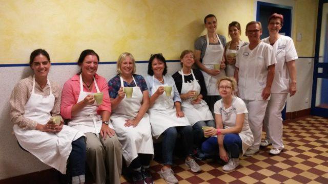 Das Cafeteria-Team in freudiger Erwartung des Ansturms am ersten Schultag der 5er. (Foto: Betken/SMMP)